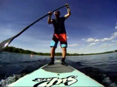 Kayak vs. stand up paddle board (race)