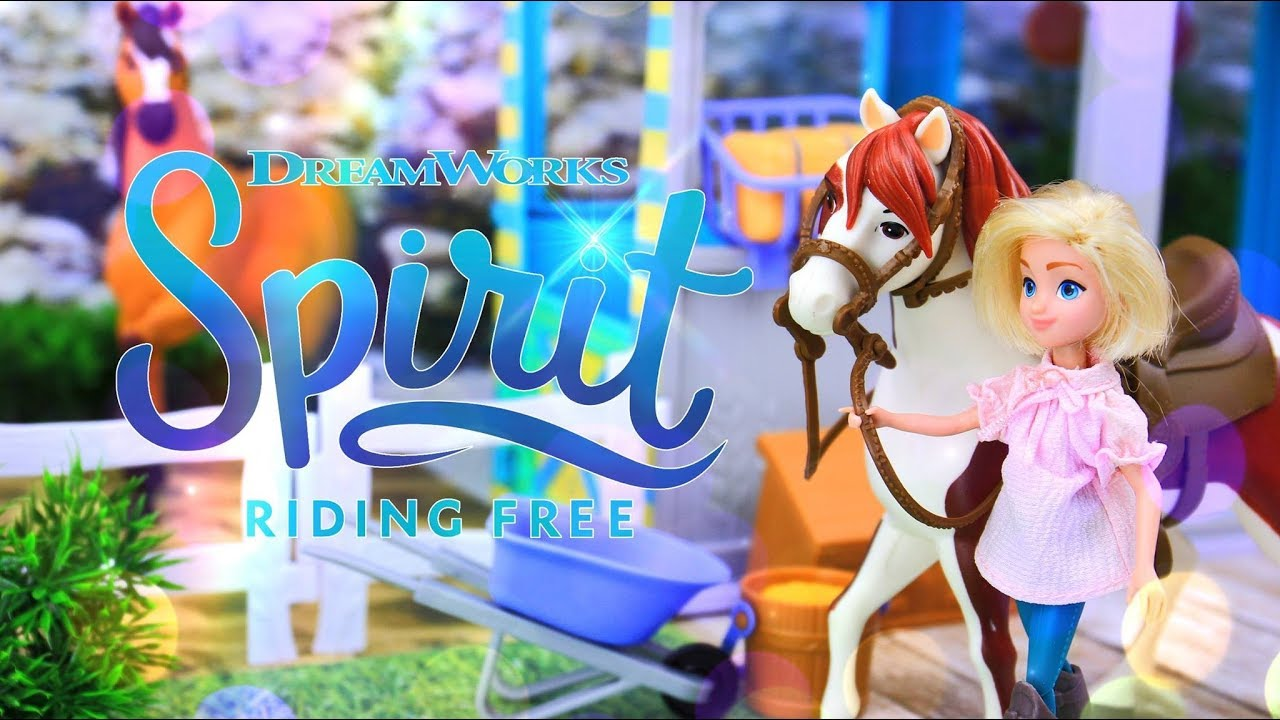 Unbox Daily: Spirit Riding Free | Spirit Barn Play Set, Triple Doll & Horse Pack PLUS Giveaway