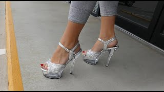 Unboxing Walking In Pleaser KISS-209RS Rhinestone Clear 6 Inch High Heel Shoes