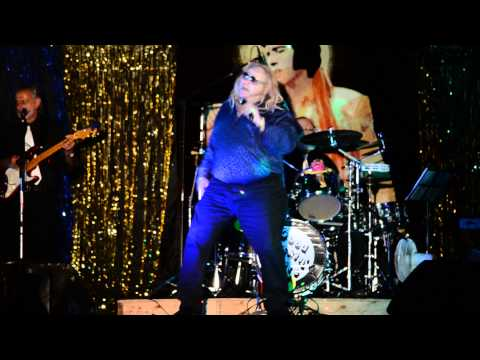 Dave Greene (Elvis Presley impersonator) Burning Love
