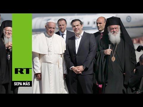 Todo sobre la polémica visita del papa a Lesbos, el corazón de la crisis de refugiados