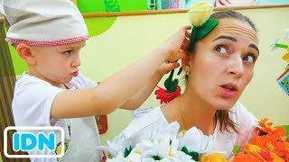 Vlad Pura Pura Bermain Toko Bunga Kejutan Untuk Ibu