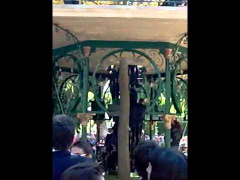 Reinauguración arbol de la musica, San Saturio, Subida de la banda al templete x CYBERBODO.TK