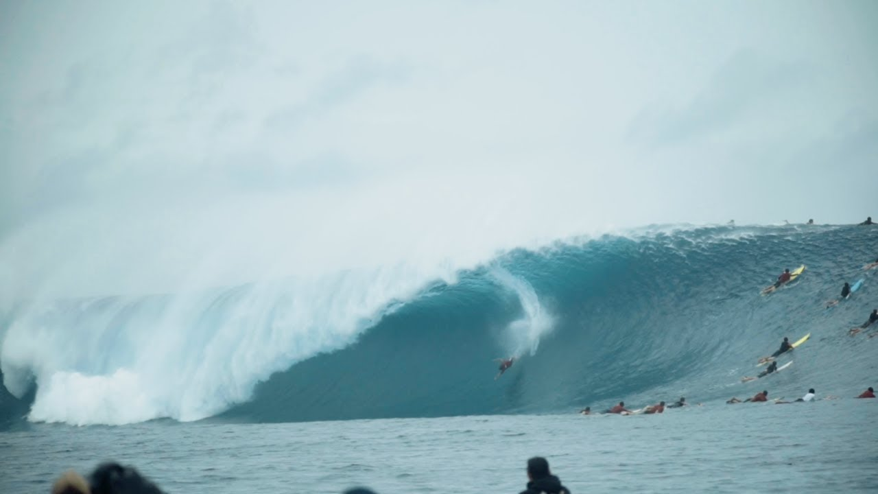 Everything You Haven't Seen From the Massive May 2018 Cloudbreak Swell