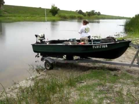Jon boat bass fishing 6 28 11 youtube for Fish finder for jon boat