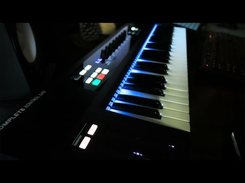 Komplete Kontrol S49: Unboxing and Review
