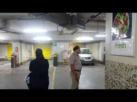 DELHI KAMLA NAGAR AUTOMATIC CAR PARKING IN SPARK MALL