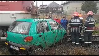 Accident feroviar în Ovidiu. Un autoturism a fost lovit de tren