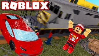 A TRAIN DESTROYED MY CAR at ROBLOX → Car Crushers 2 🎮