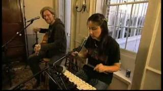 Out Of Touch - Daryl Hall with KT Tunstall