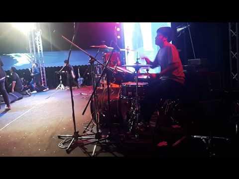 ขุนพันสะท้านแผ่นดิน Apprentice The Winter Fest 2015 Drummer-Tlekumi