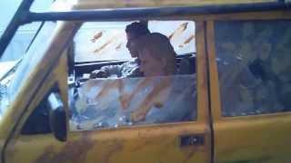 タミヤのCC01に輸入物の珍しいランドローバーボディーを乗っけてスケー...