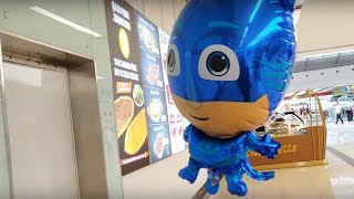 Ayşe Ebrar Alışveriş Merkezinde Pijamaskeliler Kedi Çocuklu Uçan Balon Aldı| Eğlenceli Çocuk Videosu