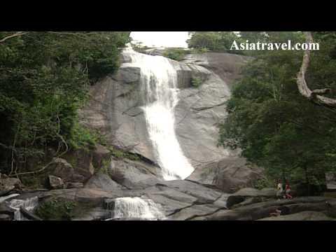 Telaga Tujuh (Seven Wells Waterfall) Langkawi, Malaysia by Asiatravel.com