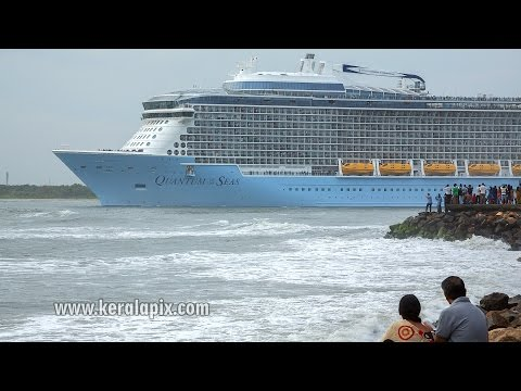 WP6A0292 'Quantum of the Seas' sailing from Kochi Port