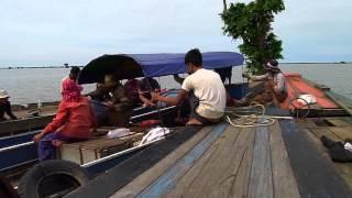 Kampong Khleang, Cambodia, floating village on Tonlé Sap Lake