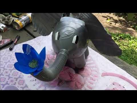 Слоник своими руками из бутылок