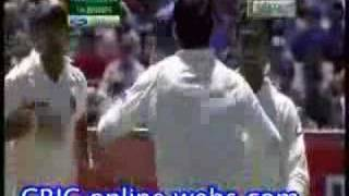 Indian fast bowling at their best...bowled! bowled! bowled!