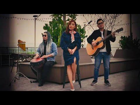 Con Tim Đang Cố Quên ☘ Phương Phương Thảo X Hits Jimmi nguyễn Acoustic Cover 「Official Mv」