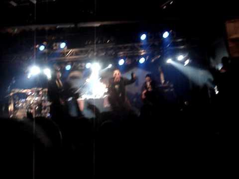 Sido ft Harris - Gib mir die Flasche(Live) - Lindau 09.04.2010 .MPG