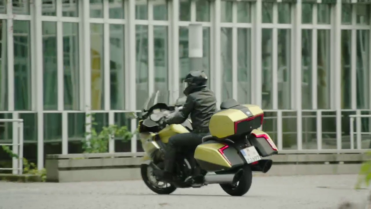 The new BMW K1600 Grand America Supreme performance and