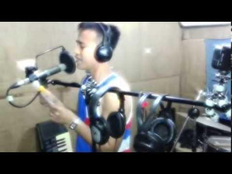 Sa Piling Mo sung and composed by Venn Eli