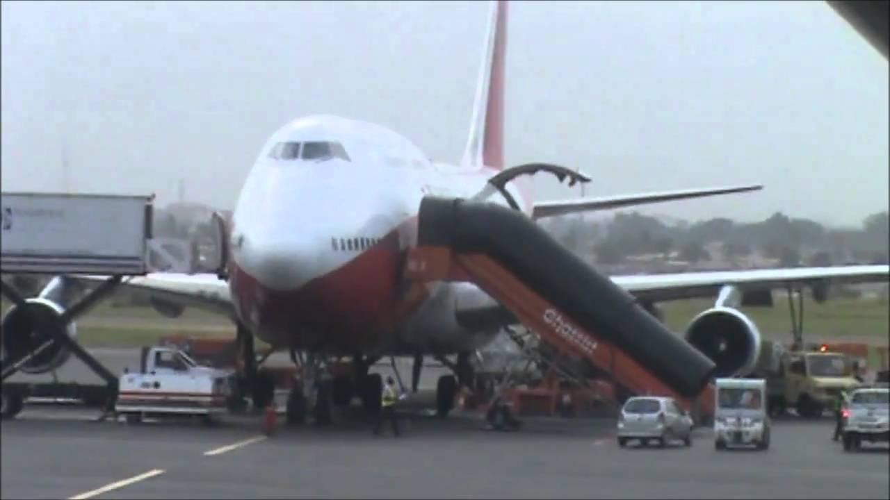 Aeroporto Luanda Chegadas : Detalhes do aeroporto de luanda th february youtube