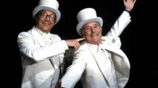 Morecambe & Wise - Bring Me Sunshine