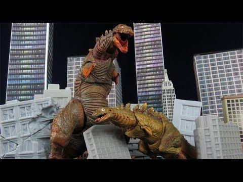 SH MonsterArts Shin Godzilla Forms 2 and 3 Bandai Tamashii Nations Action Figure Review