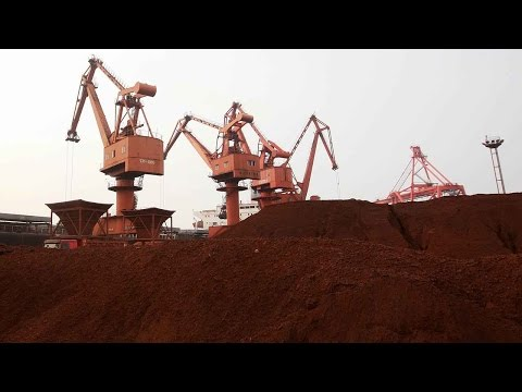 Chinese iron ore prices plunge on demand concerns