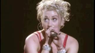 Full concert from no doubt's 'live in the tragic kingdom' tour, filmed band's own hometown of anaheim, california. bursting with energy, this may very...
