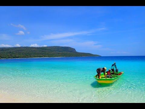 Jaco/Jako Island in Timor Leste - snorkelling in uninhabited paradise.