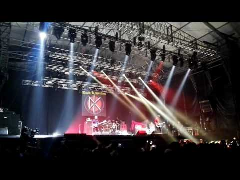 Dead Kennedys - Holiday in Cambodia (LIVE BOGOTA 09/09/2016)