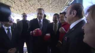Başbakan Erdoğan'a Kick Boks Fed. Bşk. Salim Kayıcı Sürprizi
