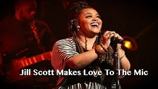 Jill Scott Simulates Oral Sex On The Microphone Live At Her Show