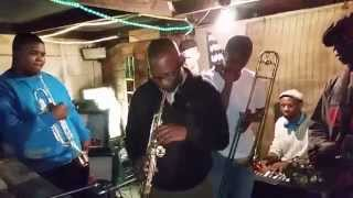 JAZZ IN THE YARD featuring G-CLEF free-jamming