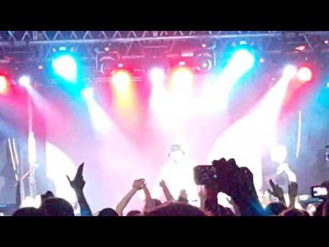 Песня Лада Седан Баклажан (live) Новый Рэп - Тимати