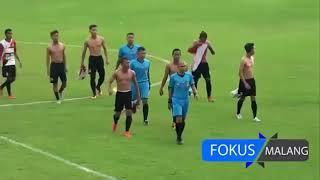 cầu thủ đội indonesia đánh nhau như phim chưởng