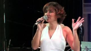 Modern woman - La taberna del piano: Homenaje a Billy Joel