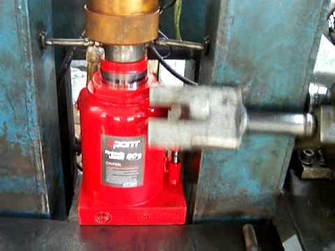 Hydraulic Jack Loading Test