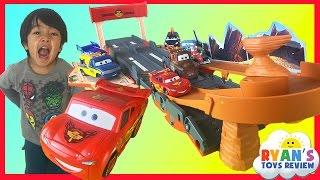 Disney Cars Lightning McQueen Toys Transforming Drift Race Track