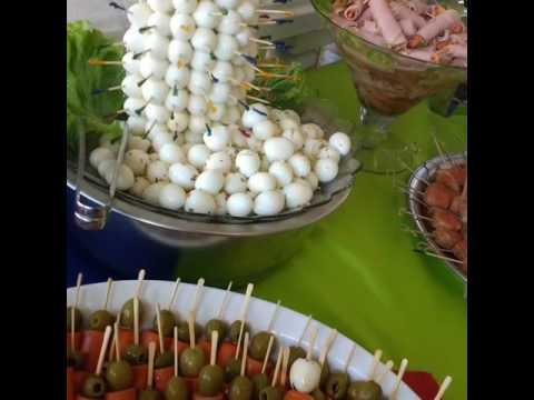 Buffet Amigos do Churrasco. Festa anos 70 temática comida