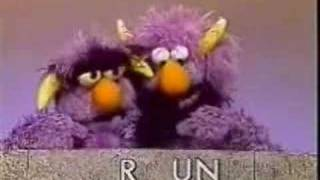 Sesame Street - Two Headed Monster spell the word Run