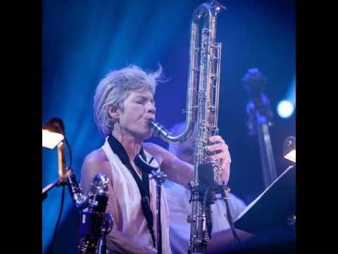 E005: Lori Freedman, bass clarinet Legend