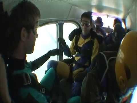 ...Paracadutismo 4500 Metri..ALE & YARI...Sky Team CREMONA