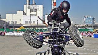 Suzuki LTR 450 Stunt Riding