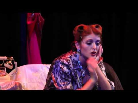 "Backstage: ""Bette Davis Aint For Sissies"" at the John W. Engeman Theater"