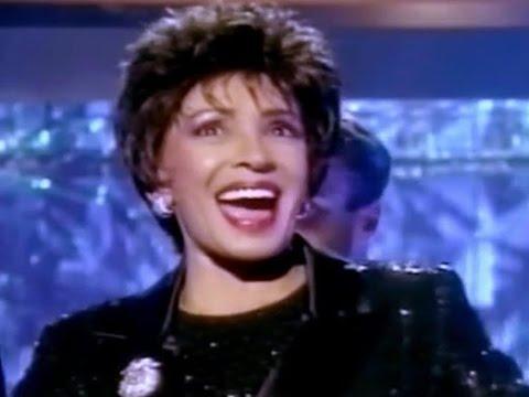 All That Jazz  -  Shirley Bassey (1998 Viva Diva TV Special)