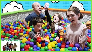 7 Second Squishy Challenge In Ball Pit / That YouTub3 Family