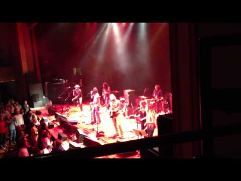 The Black Crowes - Ryman Auditorium, Nashville, TN. 4-21-13 - Soul Singing